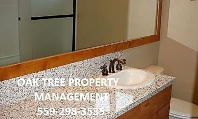 Bathroom, 738 Woodworth Ave, 2