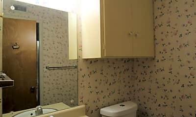 Bathroom, 19a Moss Rock Dr, 2