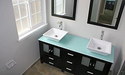 Bathroom, 6608 N First St, 0