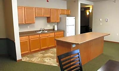 Willows Apartments, 2