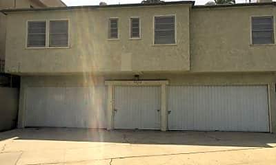 Building, 146 N Hamilton Dr G, 2