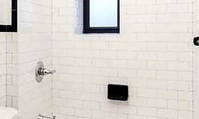Bathroom, 441 3rd Ave, 1