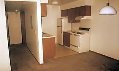 Scottish Pines Apartments, 1