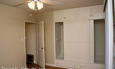 Bathroom, 1156 Huntington Dr, 2