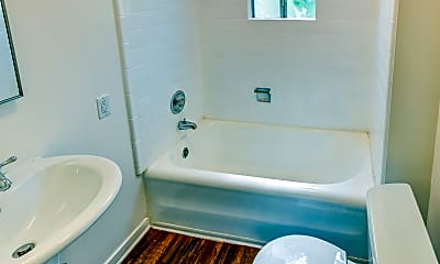 Bathroom, Park Regent, 2