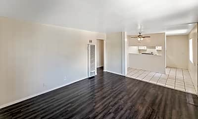 Living Room, 1104 Cherry Ave, 0