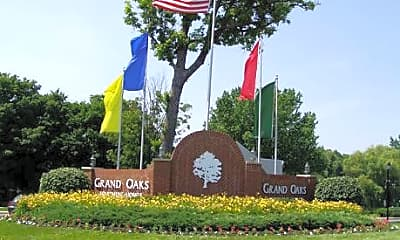 Grand Oaks Apartments, 0