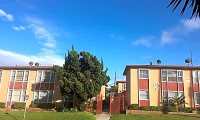 Building, 4150 Somerset Dr, 1