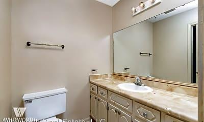 Bathroom, 721 33rd St E, 2