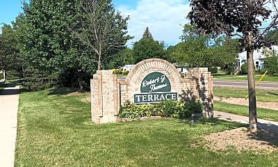 Robert J Thomas Terrace, 1