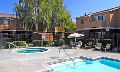 Mesa Verde Apartments, 1