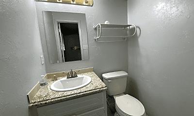 Bathroom, 2015 Allenhurst St, 2