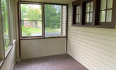 Patio / Deck, 3406 Berkeley Rd, 2