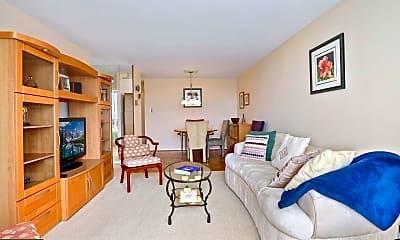 Living Room, 301 N Beauregard St 1707, 1