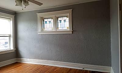 Living Room, 5055 Chippewa St, 1