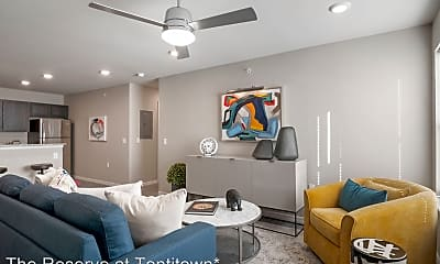 Living Room, 617 Spallone Blvd, 2