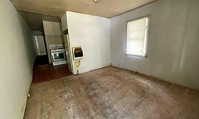 Living Room, 921 E 2nd St, 2
