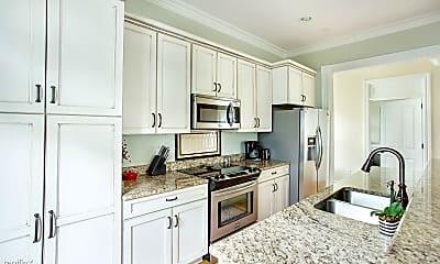 Kitchen, 1111 Lincoln St, 1