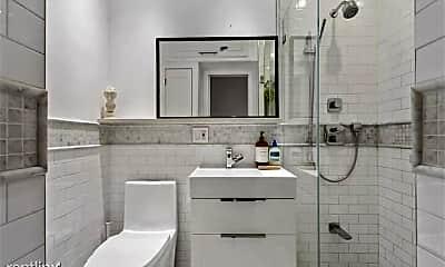 Bathroom, 706 Willow Ave, 2