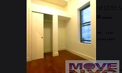 Bedroom, 165 W 127th St, 2