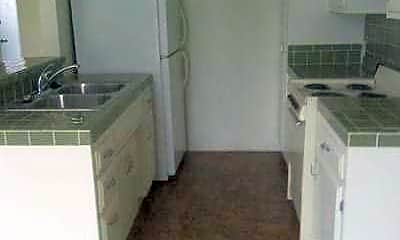 7755 Laurel Canyon Blvd Apartments, 2