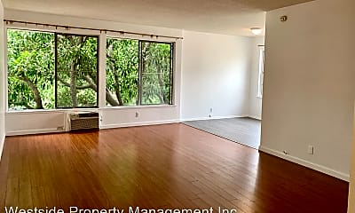 Living Room, 8207 De Longpre Ave, 1