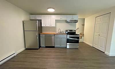 Kitchen, 2922 E 35th Ave, 1