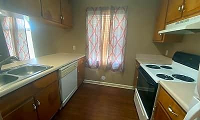 Kitchen, 632 11th St N, 1