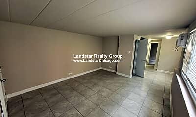 Living Room, 9612 Ivanhoe Ave, 1