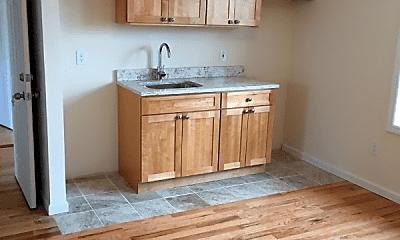 Kitchen, 559 Vincent Ave, 0