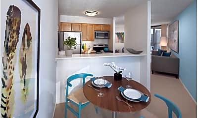Kitchen, 738 N Clark St, 1