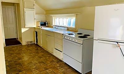 Kitchen, 719 S Edmunds St, 1