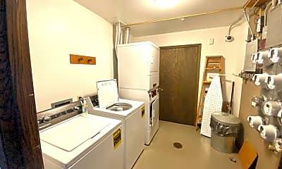 Kitchen, 2913 5th St S, 2