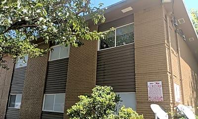 La Villa Apartments, 0