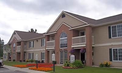 Building, Hamptons of Nortons Shores, 0