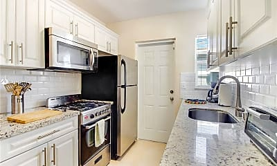 Kitchen, 518 SW 7th Ave 520, 1