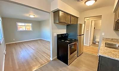 Kitchen, 1825 W Oklahoma Ave, 0