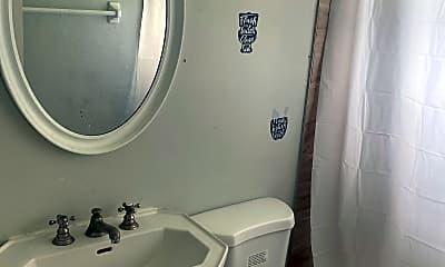 Bathroom, 1811 N 16th St, 2