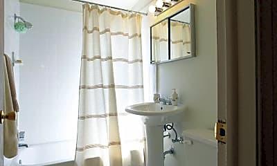 Bathroom, Fairlane Apartments & Townhomes, 2