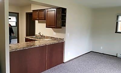 Kitchen, 529 N Dewey Ave, 1