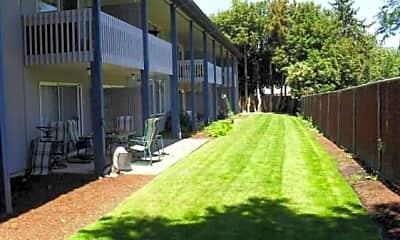 College Manor Apartments, 2