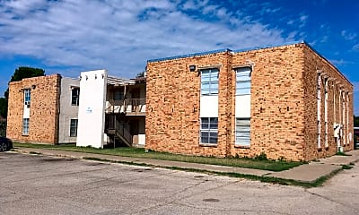 Carriage House Apartments, 0