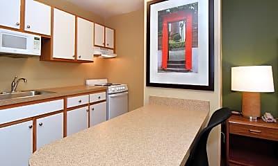 Kitchen, Furnished Studio - Seattle - Renton, 1