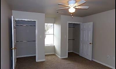 Bedroom, 909 West 22Nd B, 2