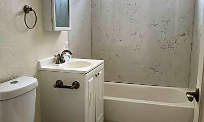 Bathroom, 45 W 10th St, 2