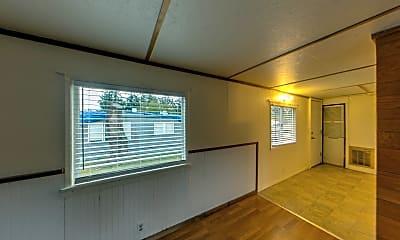 Living Room, 2997 N Heller Rd, 1