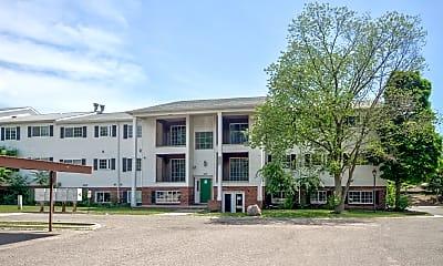 Building, Auburn West Apartments, 1