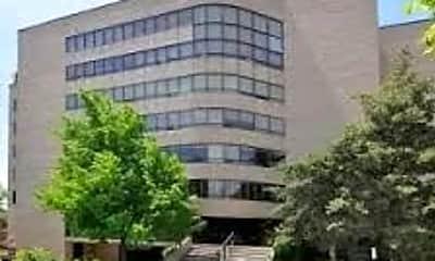 Building, 426 S 1000 E, 1