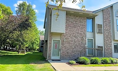 Building, 42453 Lilley Pointe Dr 47, 0