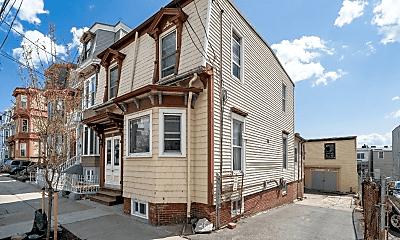 Building, 261 Princeton St, 2